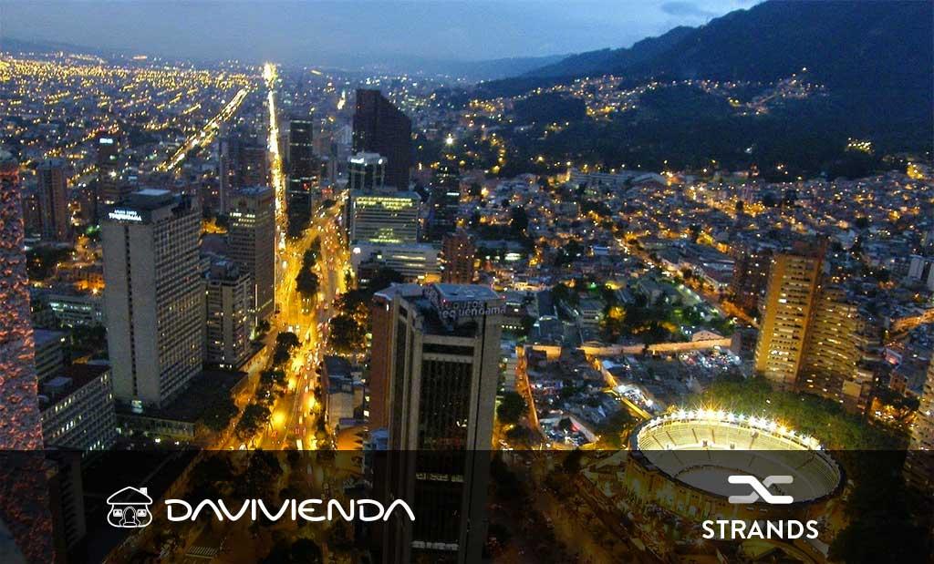 Davivienda y STRANDS: Pioneros de la banca digital en Colombia